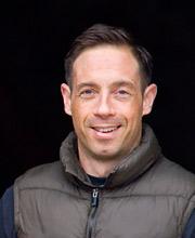 Simon De Burgh
